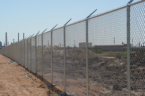 Chain link fencing with D&C Fence Co in Corpus Christi, TX