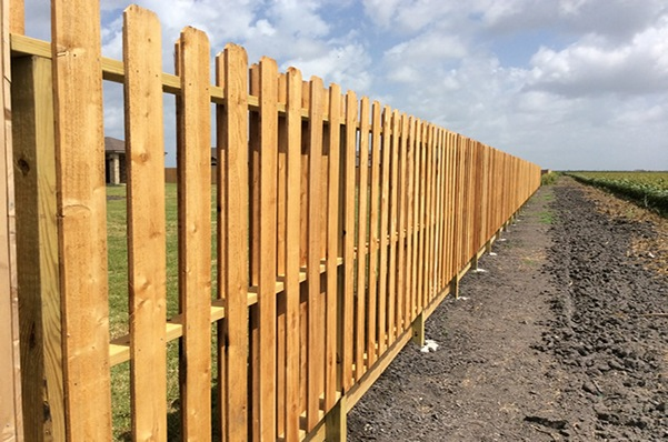 Outdoor wood fence in Corpus Christi, TX